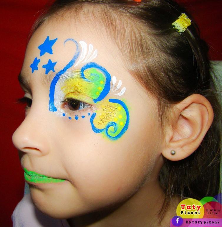 Maquiagem artística para menina Copa do Mundo