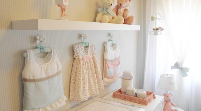 Como combinar azul e rosa em um único quarto de bebê