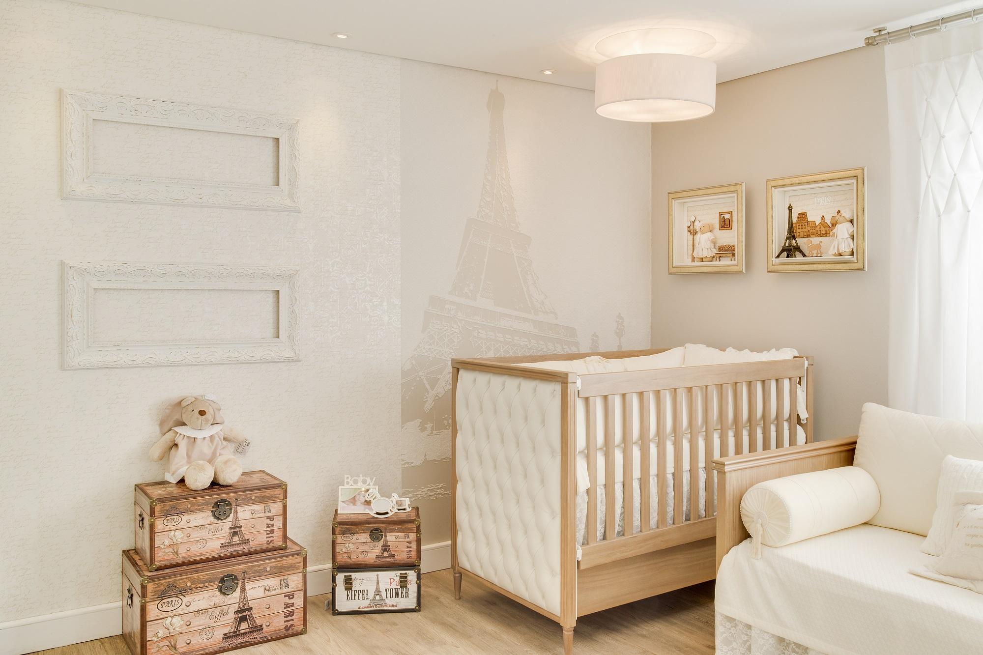 Quarto de bebê inspirado em Paris/projeto da designer de interiores Hellen Giacomitti