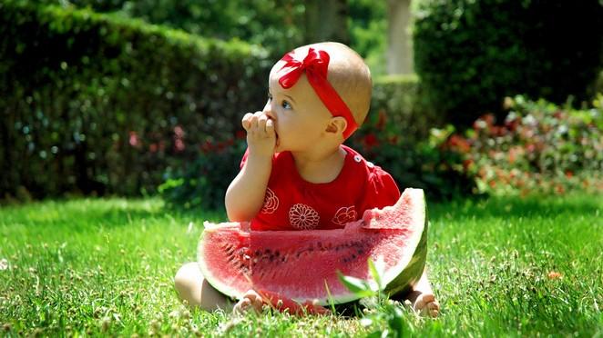 10 dicas para ensinar seu bebê a gostar de frutas e legumes (Nestlé Começar Saudável)