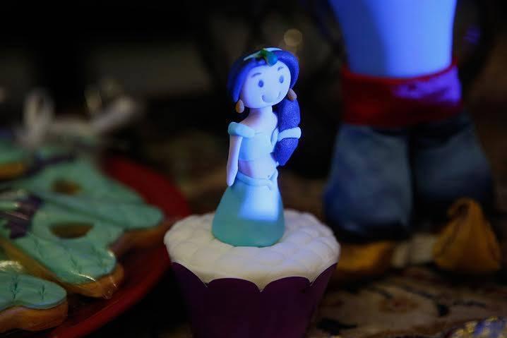 Cupckake com a princesa em pasta americana