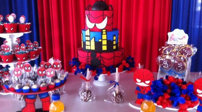 Festa do Homem Aranha e Vingadores