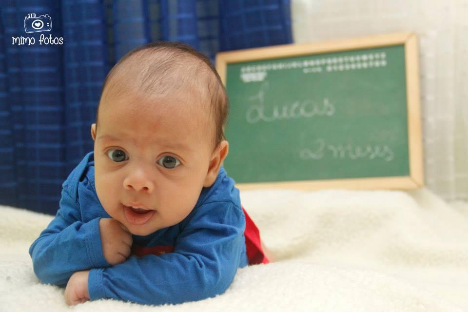 Ensaio fotográfico newborn para mesversário