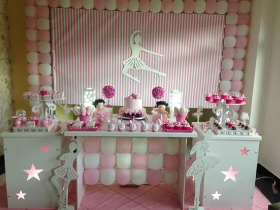 Mesa principal da festa Bailarina
