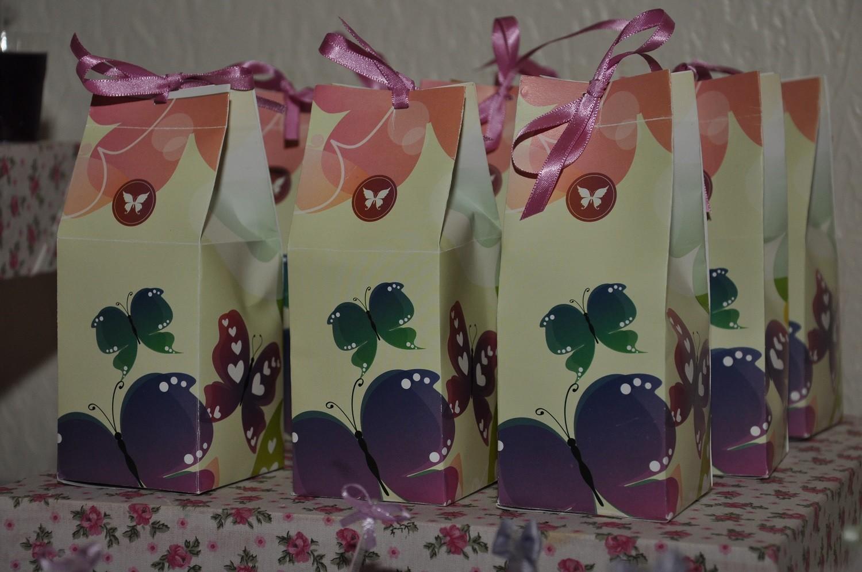 Caixinhas de lembrancinha para festa de menina no tema Borboletas