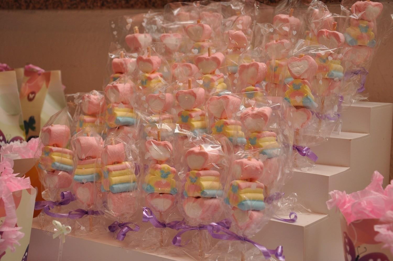 Pirulitos de marshmallow