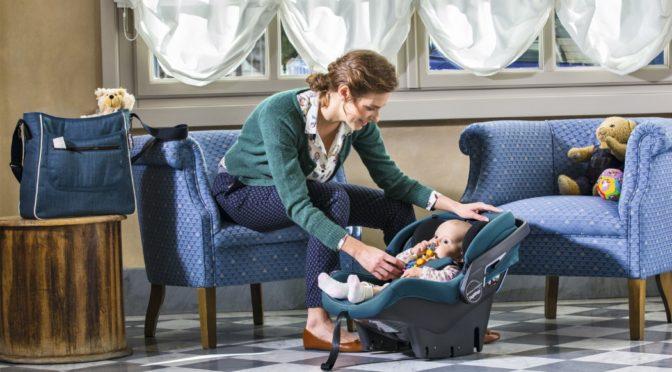 Do bebê conforto à cadeirinha: saiba quando é hora de trocar o equipamento